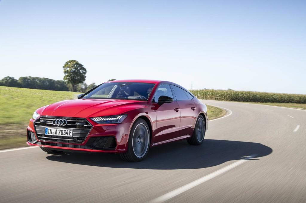 El Audi A7 Sportback 55 TFSIe quattro llega a España: un híbrido enchufable de 367 CV y con etiqueta CERO, desde 87.050 euros