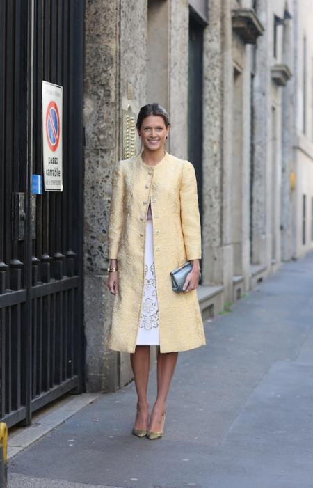 helena abrigo amarillo