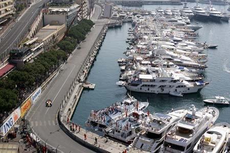 La Fórmula Uno se adelanta un día en Mónaco