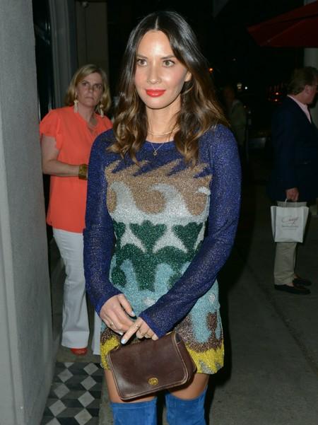 Nos gusta el look de Olivia Munn (aunque la envidiemos por su supuesta relación con Álex González)