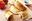 Receta de empanadillas de mozzarella, tomate y pesto