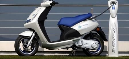 Prosegur también se atreve con la movilidad alternativa y compra dos scooters eléctricas