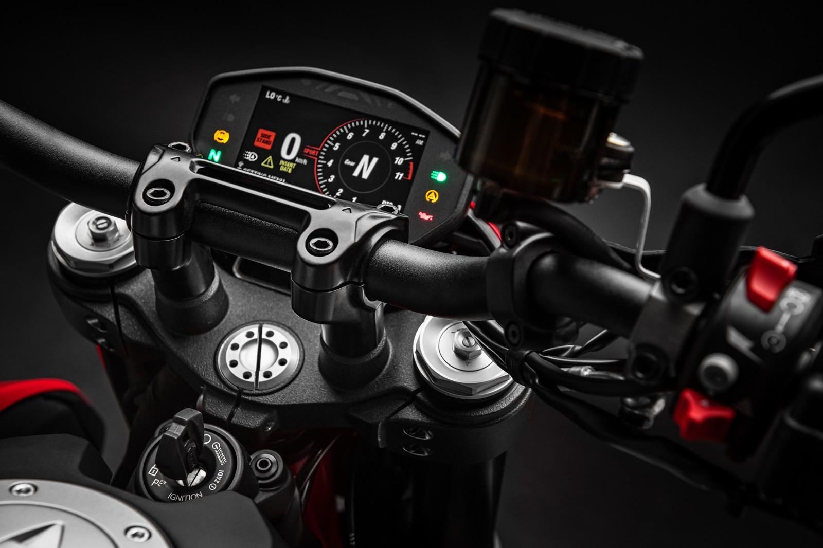 Foto de Ducati Hypermotard 950 2019 (54/76)