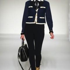 Foto 25 de 43 de la galería moschino-primavera-verano-2012 en Trendencias
