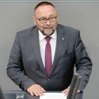 """¿Es legítimo pegar a un """"nazi""""? La agresión a Alternativa para Alemania y los límites del debate"""