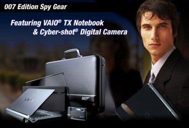 Portátil y cámara de fotos de james Bond