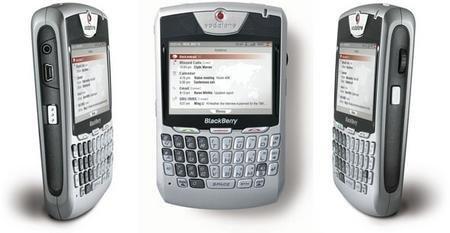 BlackBerry 8707v, el primero 3G