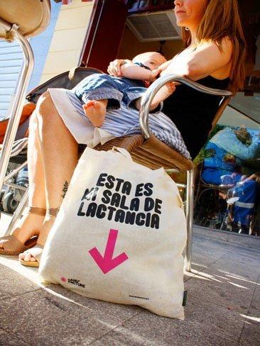 Una tienda de Valencia reivindica el derecho de amamantar en público