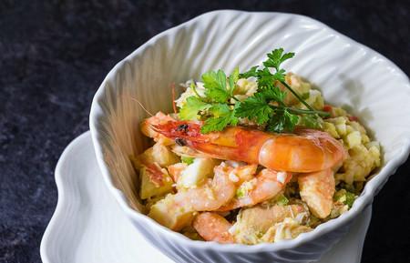 De marisco, pollo, legumbres y más: siete recetas de salpicón para un picoteo de lujo