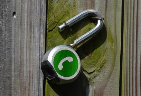 WhatsApp blinda por fin las conversaciones de sus usuarios, aunque en Android ya había otras opciones