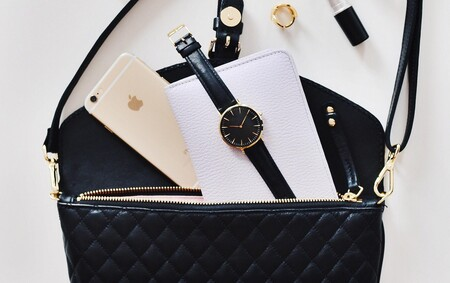 Once bolsos de piel en los que invertir en las rebajas de El Corte Inglés: Givenchy, Marc Jacobs o Tory Burch a mitad de precio