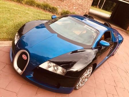 ¿Un Bugatti Veyron por 2 millones de pesos? Sí, pero es una réplica hecha con un Ford Cougar 2002...