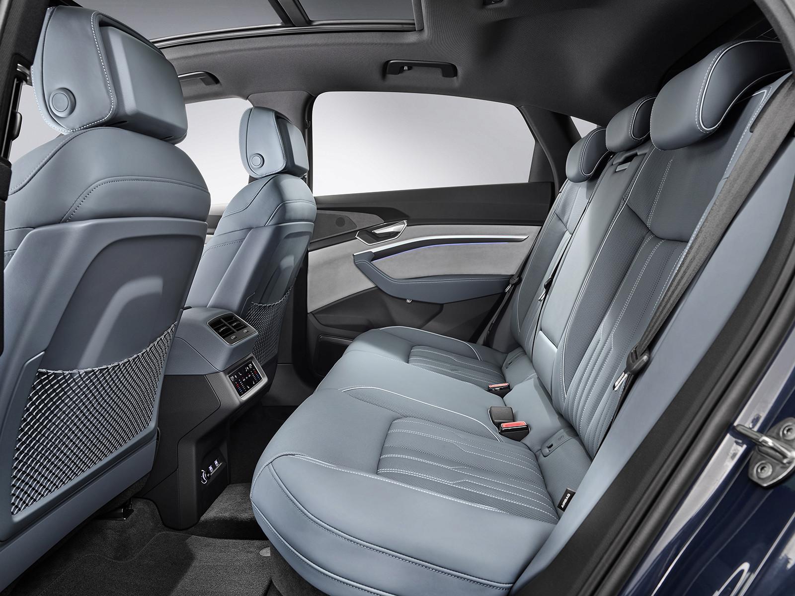 Foto de Audi e-tron Sportback (48/57)