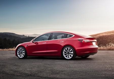 Tesla Model 3 2018 1600 0d