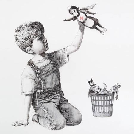 Banksy reaparece con una obra que homenajea la labor de los sanitarios frente al Covid-19 en el Hospital General de Southampton