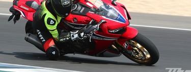 Probamos los Bridgestone Battlax Hypersport S22: herencia de MotoGP con un rendimiento sorprendente en seco y mojado