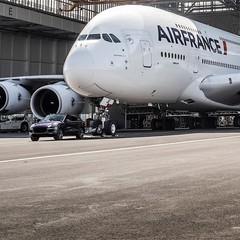 Foto 1 de 5 de la galería porsche-cayenne-remolca-un-airbus-a380-de-285-toneladas en Usedpickuptrucksforsale