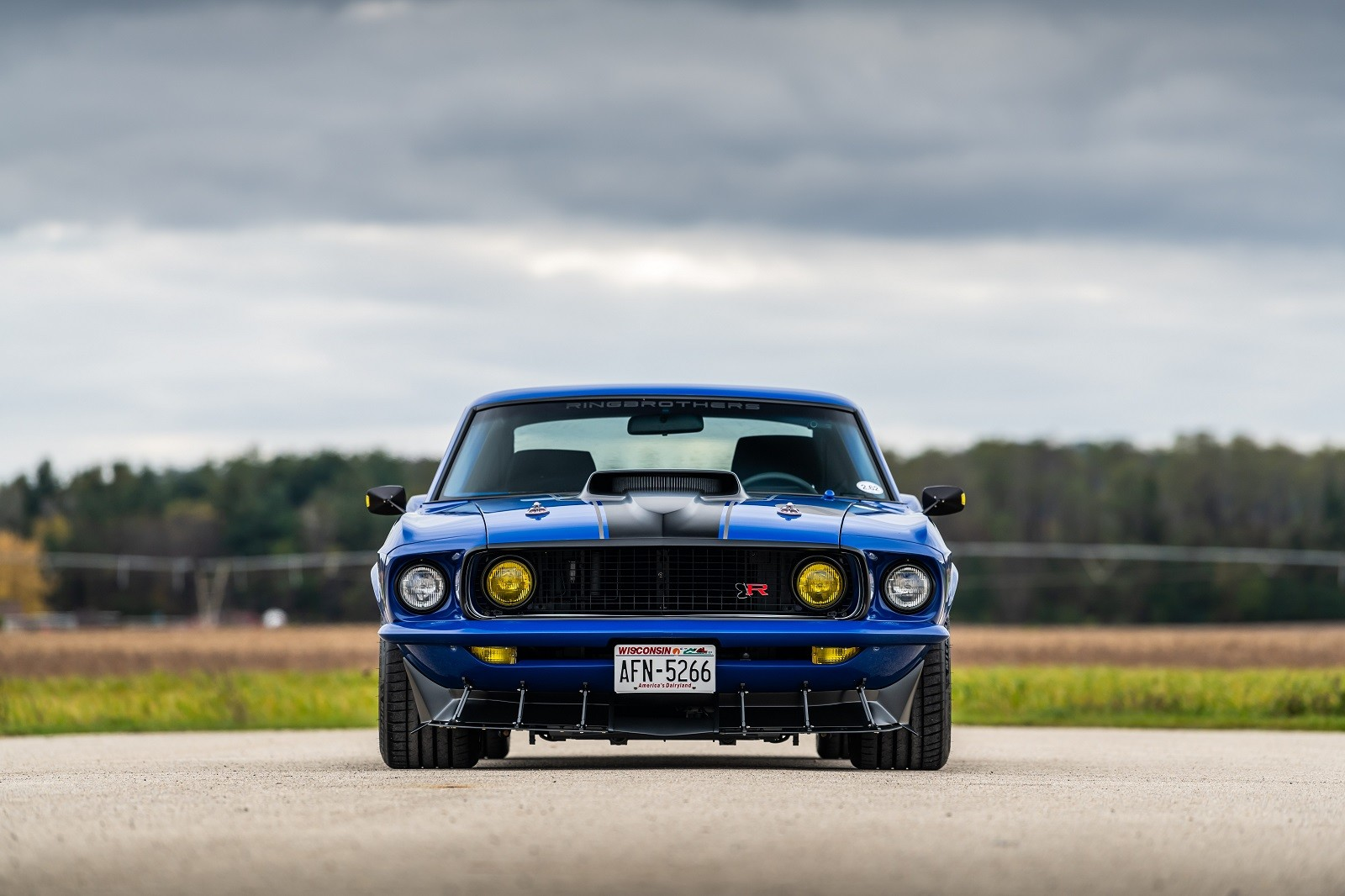 """Foto de Ford Mustang 1 """"UNKL"""" por Ringbrothers (9/30)"""