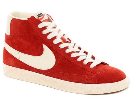 deportivas rojas