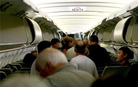 ¿Cuál es la mejor forma de hacer el embarque en un avión?