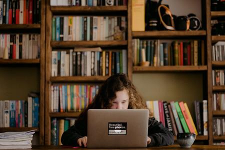 Un nuevo lenguaje para enseñar programación a los niños como se enseña a leer y escribir: de forma gradual y por niveles