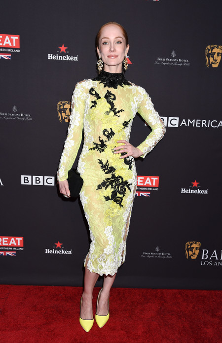 tea party bafta alfombra roja Lotte Verbeek