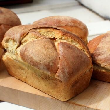 Tamaño bollito o en forma de baguette: los moldes de silicona para hornear pan favoritos en Amazon