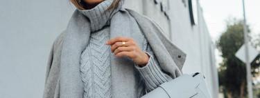 El street style nos recuerda la importancia de combinar un jersey gris: cinco estilismos a tener en cuenta
