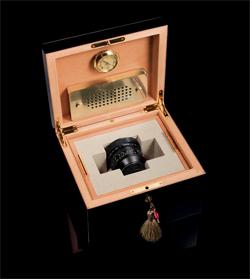Leica deja de fabricar el Noctilux