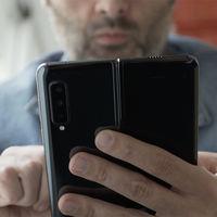 La nueva patente de Samsung muestra un móvil plegable con doble pantalla