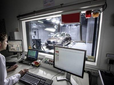 Industria analiza las emisiones de 16 coches diésel homologados por España: todos superan los límites