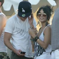 Zac Efron y Vanessa Hudgens en el festival de Coachella