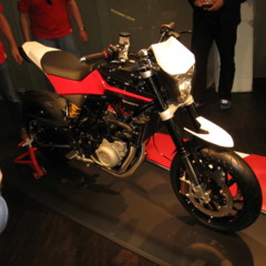 Foto 3 de 12 de la galería husqvarna-nuda-900r-fotos-presentacion-a-la-prensa en Motorpasion Moto