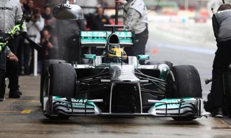 """Lewis Hamilton: """"Es el peor neumático que he utilizado en mi vida"""""""