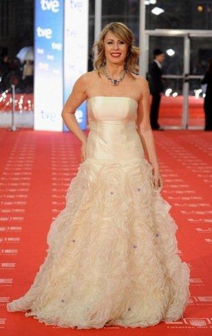 Peor vestidas Goya 2011: Miriam Diaz Aroca