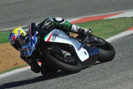 Roberto Rolfo correrá hasta 2017 en Supersport con MV Agusta