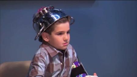 Qué pasa cuando a un niño de 7 años le interrogan con un detector de mentiras (humor)