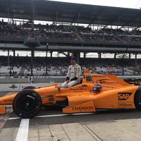 Fernando Alonso sigue vivo en la lucha por la pole position de las 500 Millas de Indianápolis