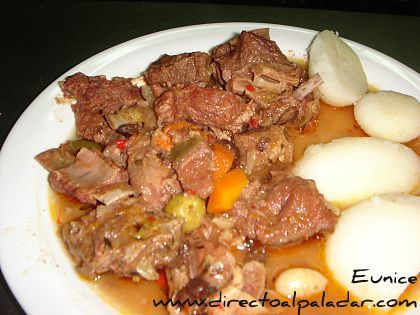 Cocina típica de Canarias: Carne de Cabra compuesta. Receta