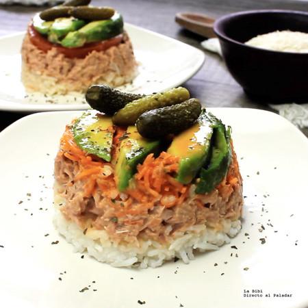 Ensalada de atún con salsa Sriracha. Receta en video