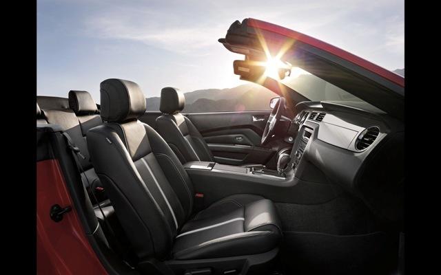 Foto de Ford Mustang 2014 (3/18)