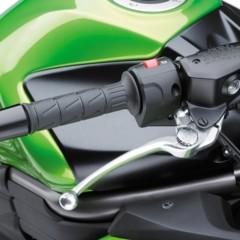 Foto 31 de 52 de la galería kawasaki-er-6f-2012-version-carenada-y-mas-agresiva en Motorpasion Moto