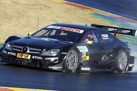 Robert Kubica se estrena al volante del Mercedes-Benz AMG C-Coupé del DTM