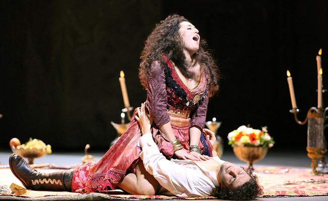 Ahora Carmen mata a Don José: la nueva versión de la ópera es un manifiesto contra la violencia machista