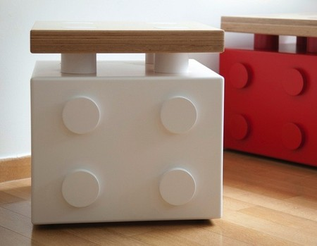 Un práctico mueble para los mayores, un juego para los niños