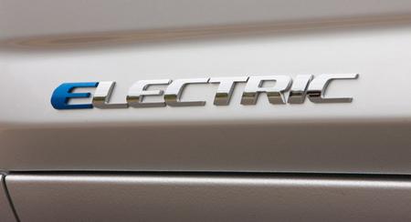 Toyota RAV4 EV, el lunes vuelve el crossover eléctrico