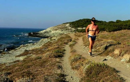 Correr también puede ser una buena manera de aumentar el tamaño muscular