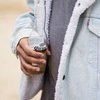 La chaqueta vaquera que puedes seguir usando cuando hace frío es esta Sherpa de Levi's rebajadísima en ASOS (por tiempo limitado)