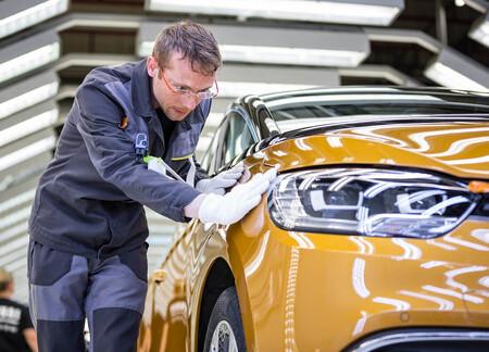Renault producirá en España cinco nuevos coches híbridos