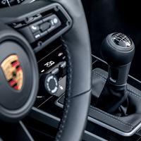 ¿Alguien había pedido cambio manual para los Porsche 911 Carrera S y 4S? Pues hay premio para los más puristas